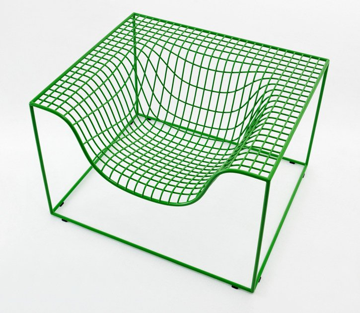 Steel armchair with armrests GRID by Nola Industrier