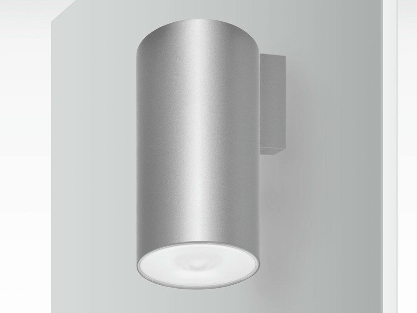 LED wall-mounted emergency light LENS | Wall-mounted emergency light by DAISALUX