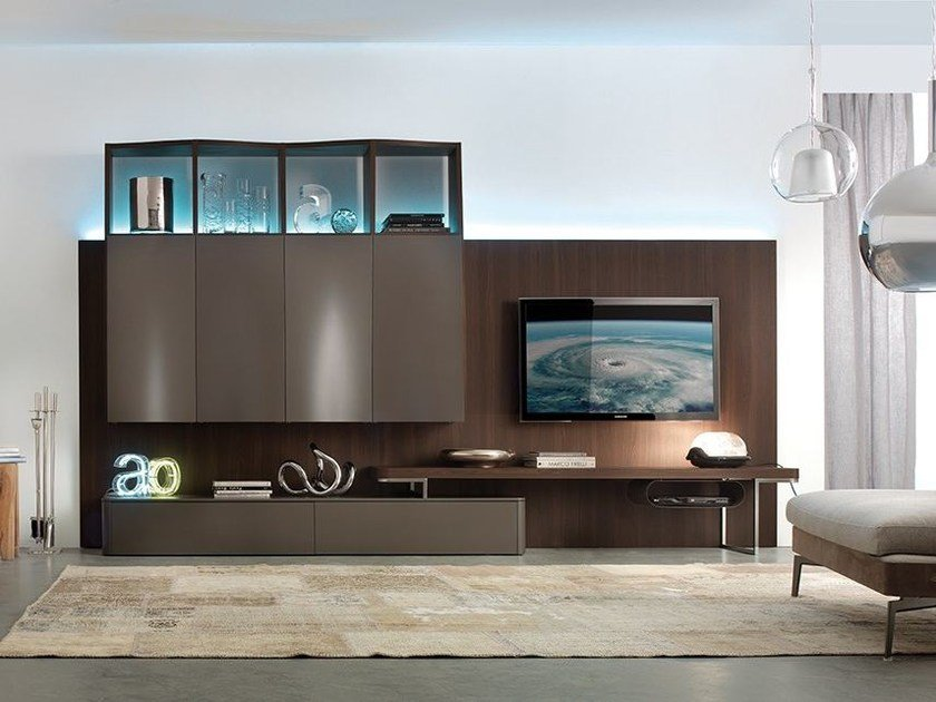Wall-mounted storage wall with integrated lighting LALTROGIORNO 801 by TUMIDEI