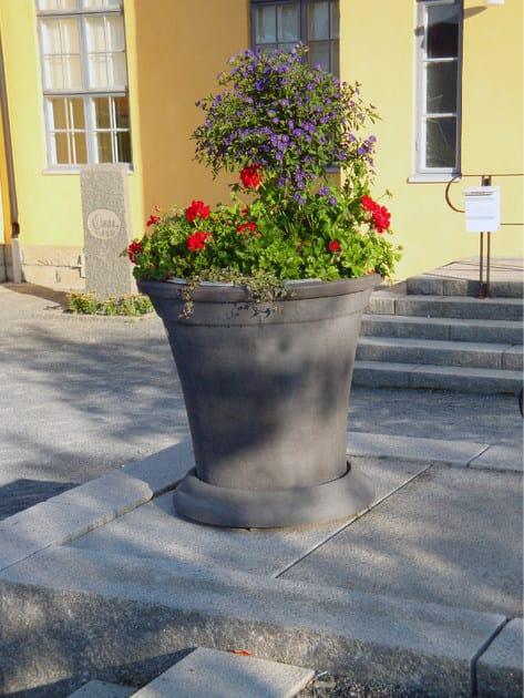 KALMAR | Fioriera per spazi pubblici