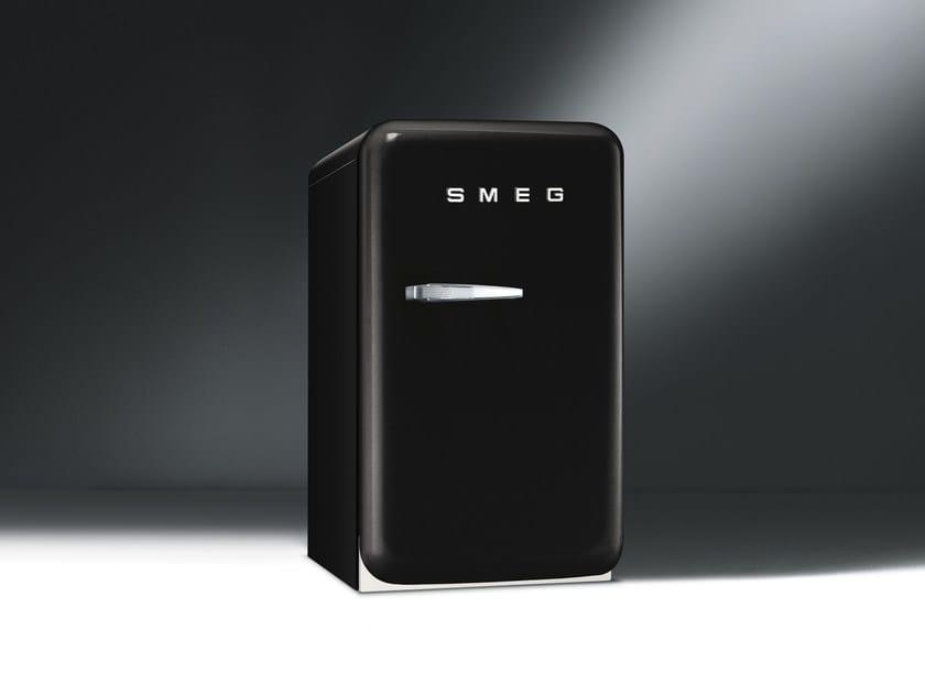 Smeg Kühlschrank : Smeg presents new fab5 mini fridge