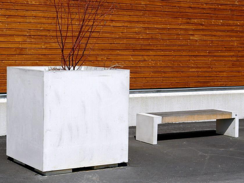 Reinforced concrete Flower pot CUBE by Nola Industrier