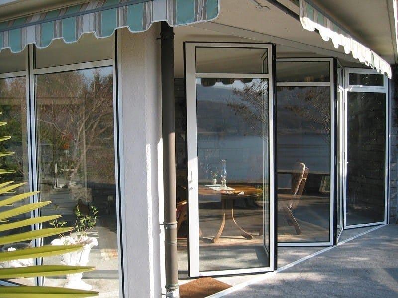 Folding thermal break aluminium glass facade DV 70 | Folding glass facade by FRUBAU