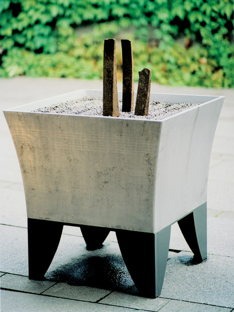 Aluminium Flower pot ZEN by Nola Industrier
