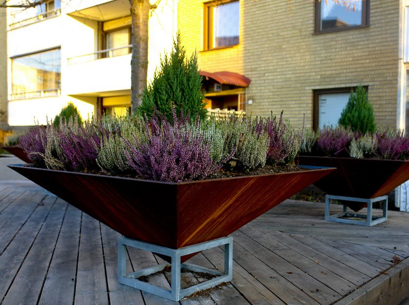 Corten™ Flower pot EGYPT | Flower pot by Nola Industrier