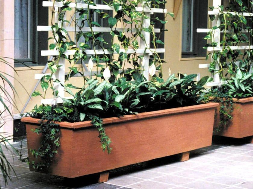 Reinforced concrete Flower pot SÄBY by Nola Industrier