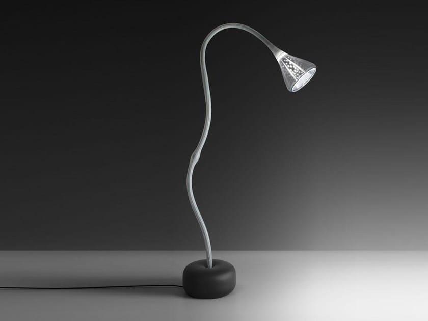 Direct light adjustable floor lamp PIPE | Floor lamp by Artemide