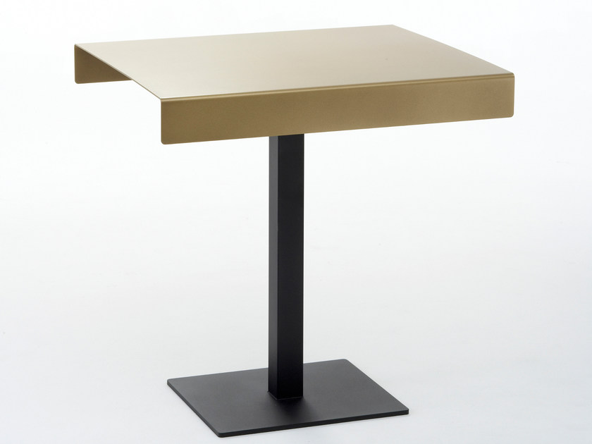 Rectangular steel Restaurant table BLECK by Nola Industrier