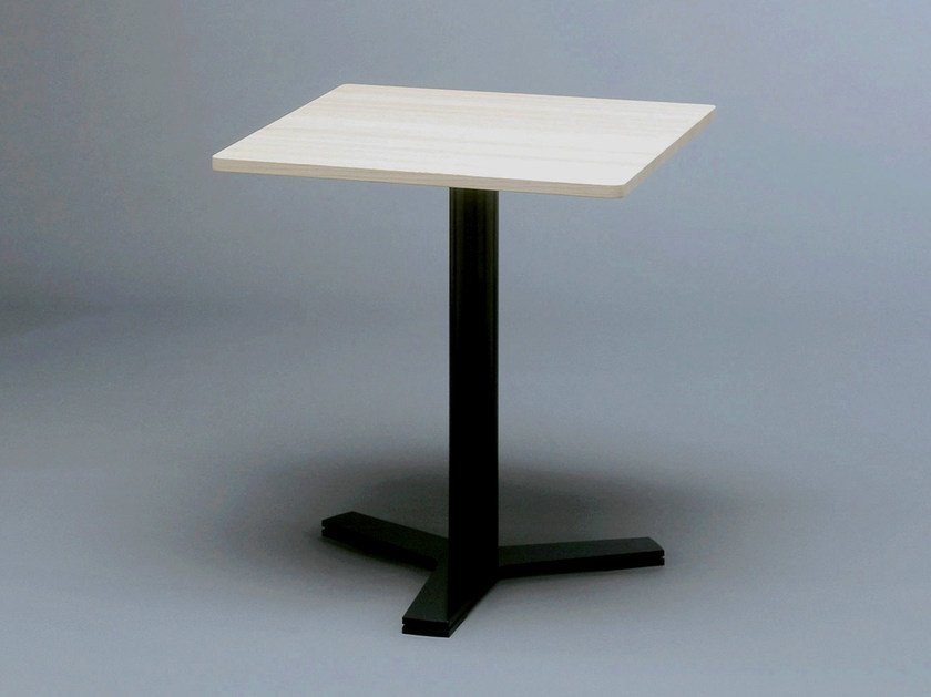 Square steel and wood coffee table LATTE by Nola Industrier