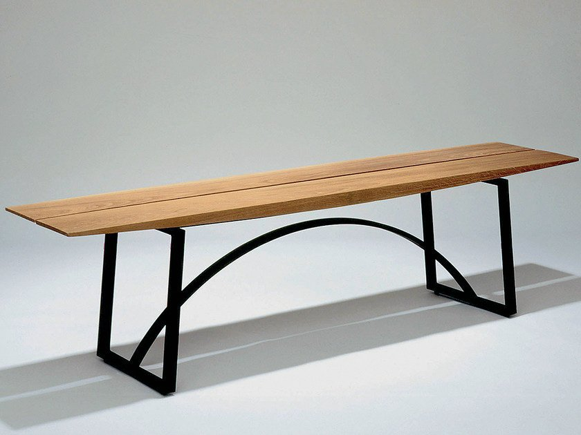 Steel and wood bench seating KWAI by Nola Industrier