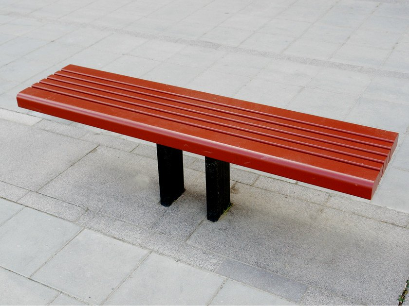 Backless steel and wood Bench SAKURA | Backless Bench by Nola Industrier