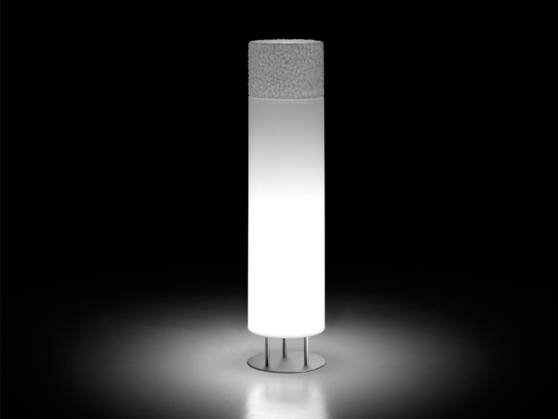Lámpara de pie de polietileno ICE-CAP by Plust
