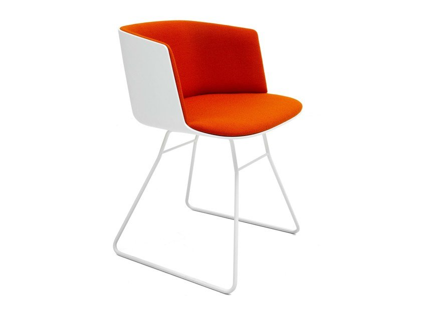 Sled base upholstered chair CUT | Sled base chair by Lapalma