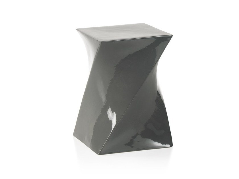 Square ceramic coffee table TWI by ENVY
