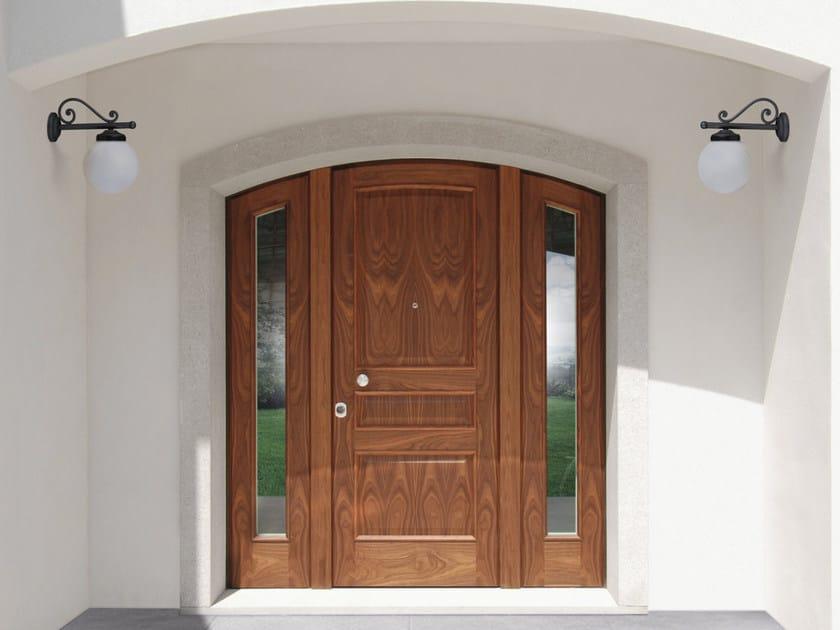 Arched walnut safety door SUPERIOR - 16.5066 M16 by Bauxt