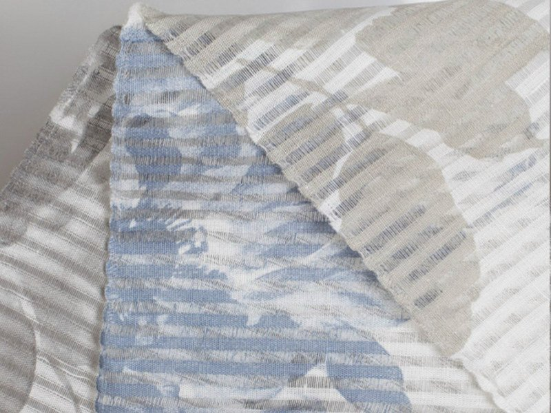 Fabric with floral pattern for curtains PROVENZA AZUL by Equipo DRT