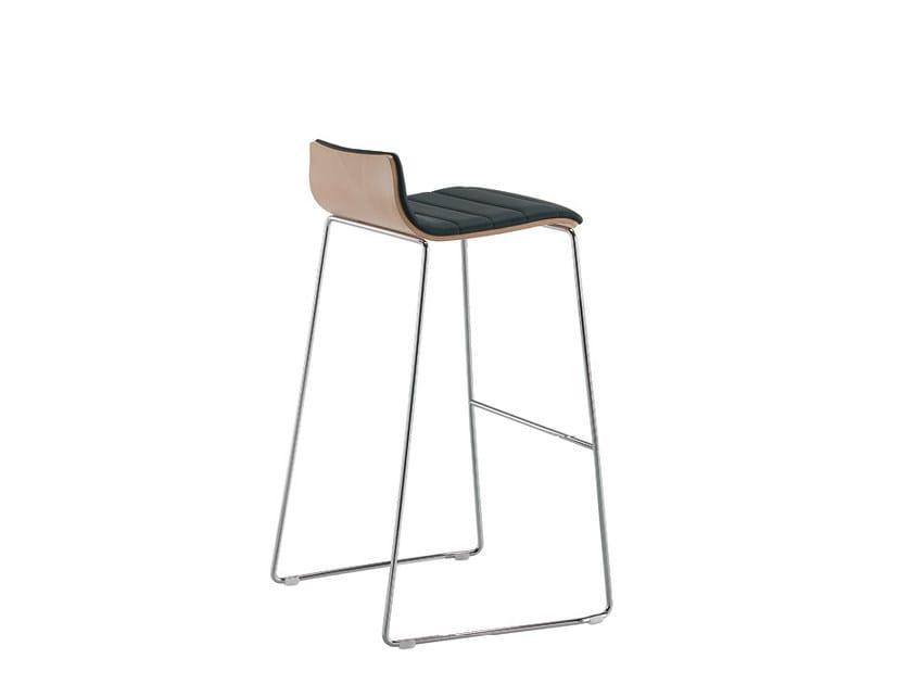 High upholstered stool Q-2   Upholstered stool by Sesta
