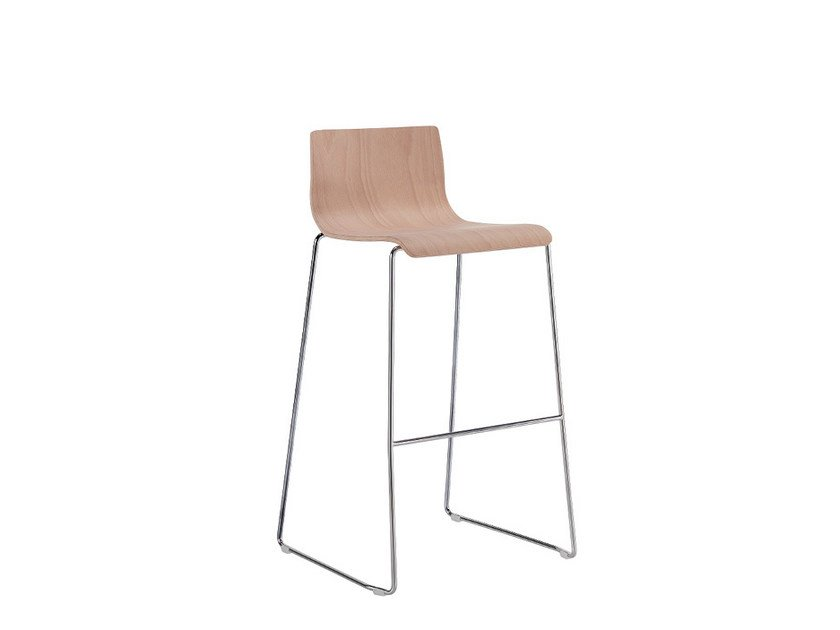 High wooden stool Q-2 | Wooden stool by Sesta