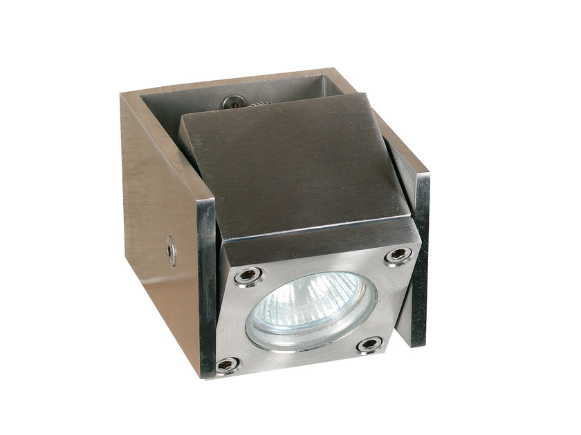 Proiettore per esterno orientabile in acciaio inox Q-BIC VD   Proiettore per esterno by Royal Botania