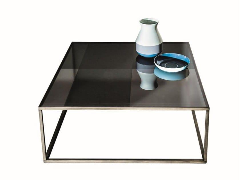 Low square glass coffee table QUADRO | Glass coffee table by Sovet italia