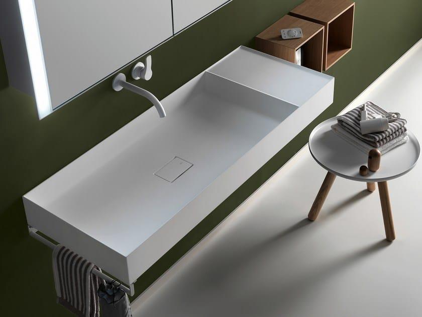 Wall-mounted/countertop washbasin in Ceramilux® QUATTRO.ZERO | Washbasin by FALPER
