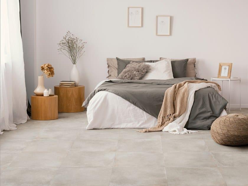 Pavimento in gres porcellanato effetto pietra RA-KU LIGHT by La Fabbrica