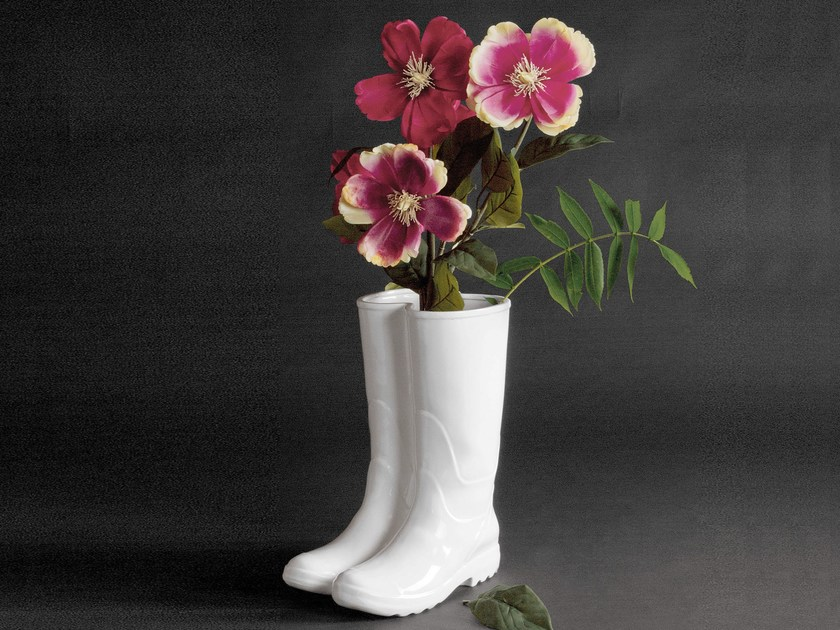 Porcelain umbrella stand RAINBOOTS by Seletti