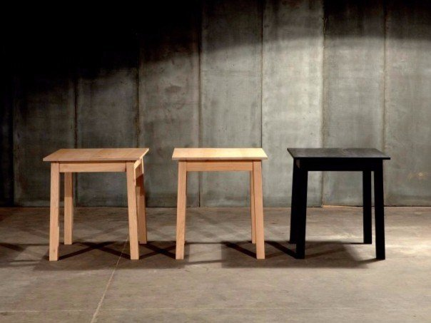 Square oak table RAMEN by Heerenhuis