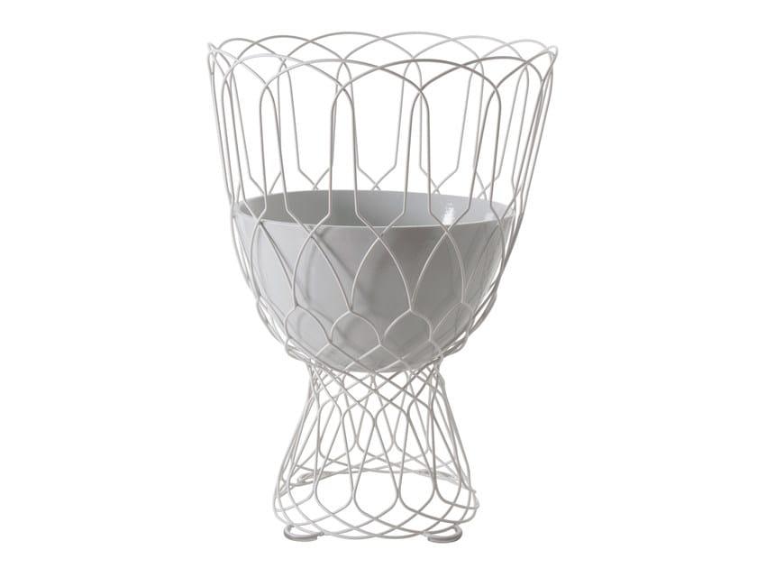 High steel garden vase RE-TROUVÉ | High garden vase by emu