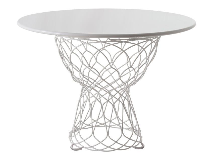 Tavolo da giardino rotondo in acciaio RE-TROUVÉ | Tavolo rotondo by emu
