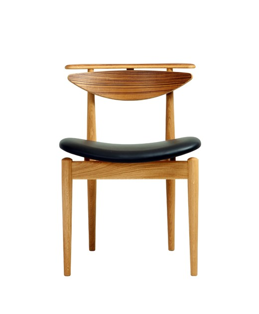 Oak chair READING CHAIR | Oak chair by Onecollection