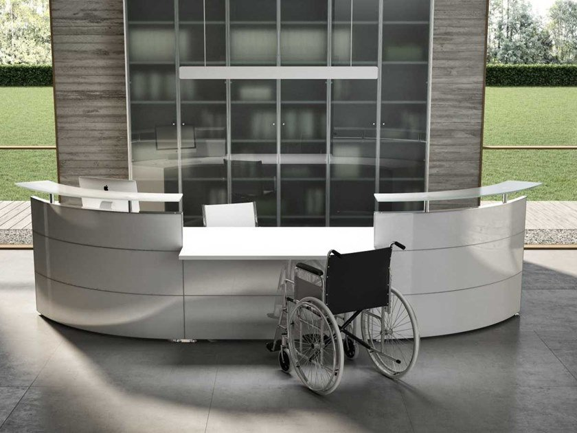 Modular wooden Office reception desk ACCESIBILITY FOR DISABLE by Bralco
