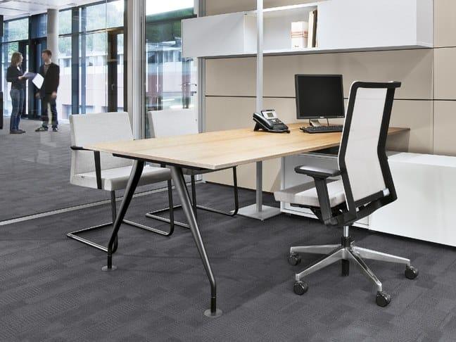 Rectangular melamine executive desk CONSULT | Rectangular office desk by BENE