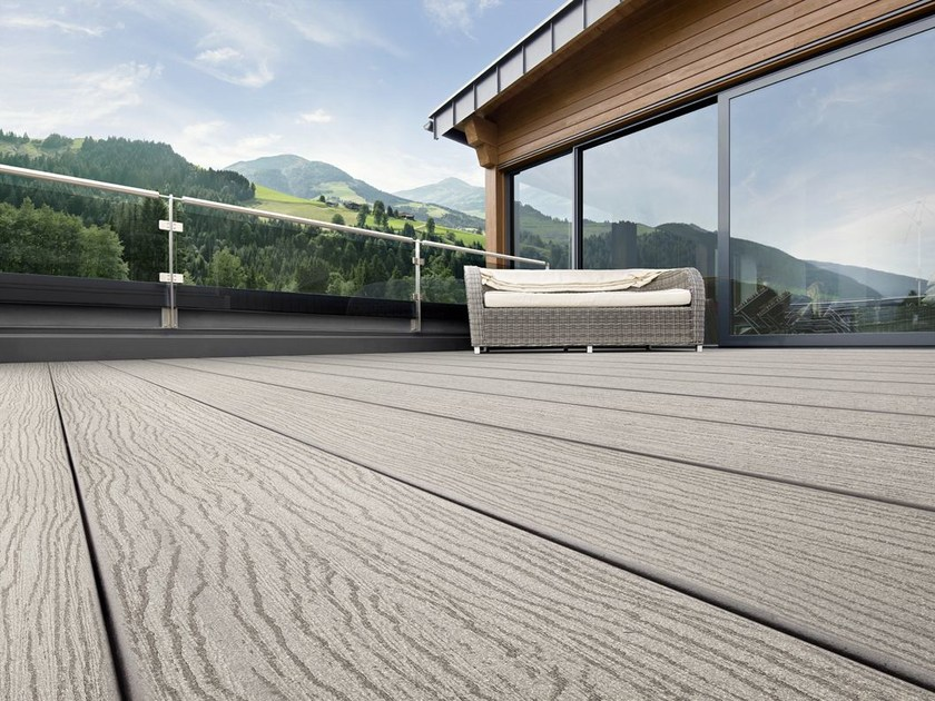 Decking in WPC RELAZZO NATURO by REHAU