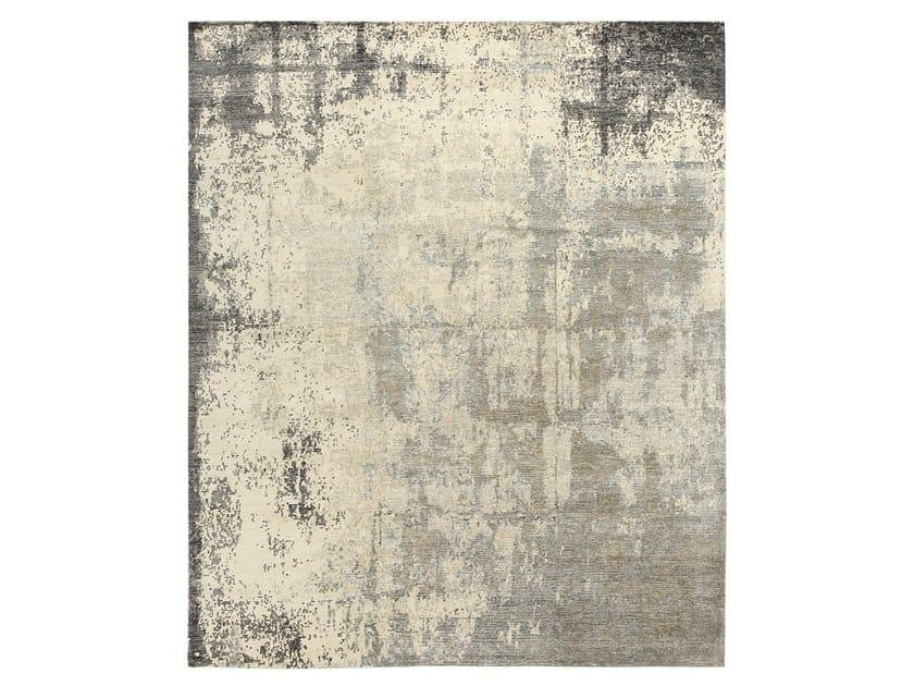 Handmade custom rug RELINED 9863B IVORY CHARCOAL by Thibault Van Renne