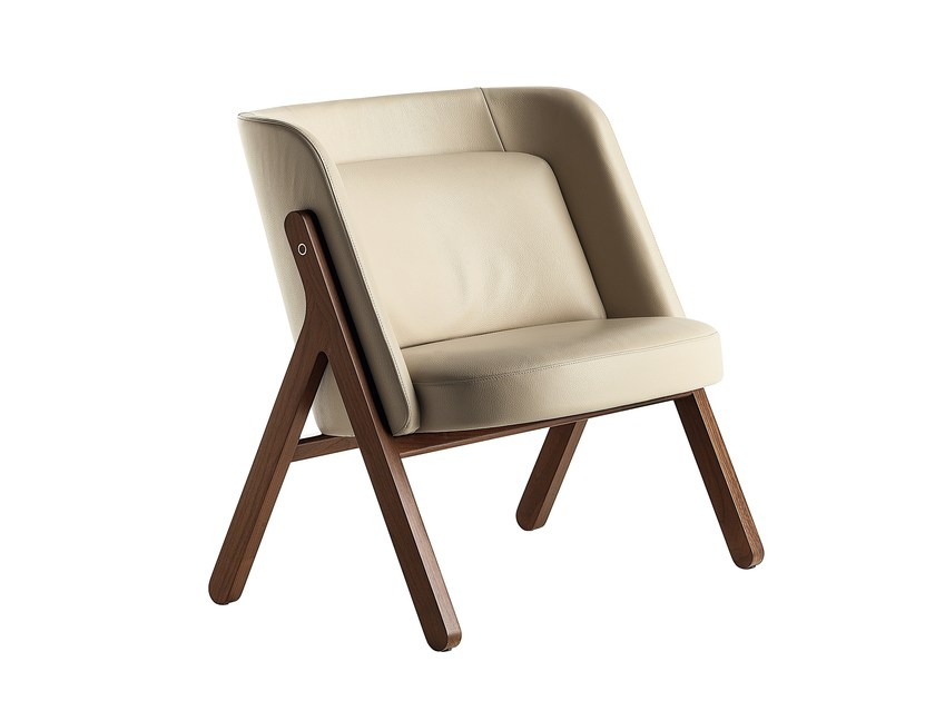 Upholstered easy chair REN | Easy chair by Poltrona Frau