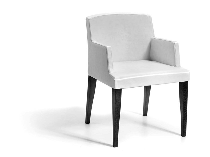 Upholstered easy chair with armrests RESANA by Trevisan Asolo