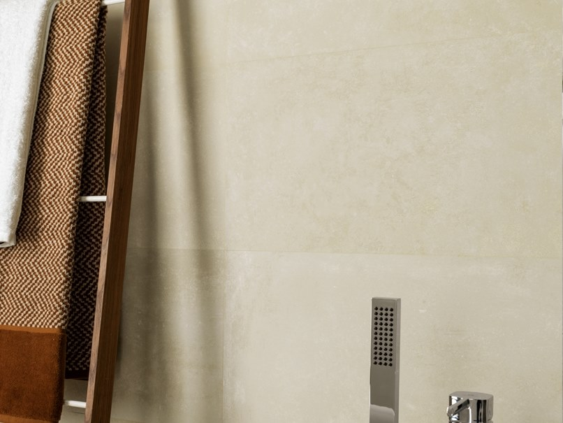 Wall/floor tiles with concrete effect RHIN IVORY by Venis
