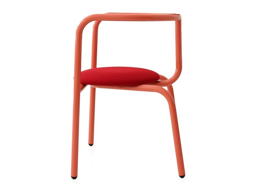 Stackable painted metal chair RIA by Branca Lisboa