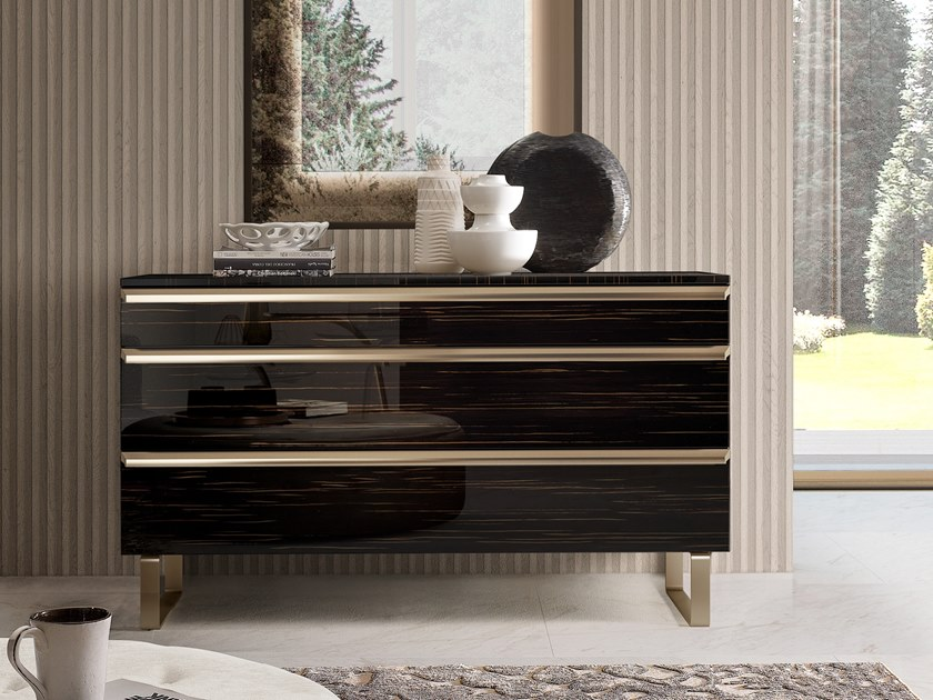 Wooden chest of drawers RICHMOND UPON THAMES | Chest of drawers by Barnini Oseo
