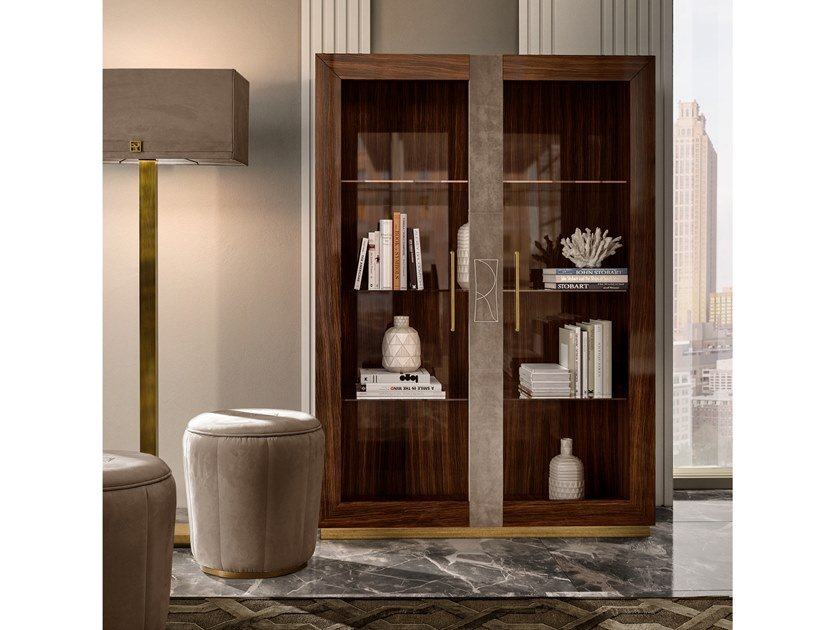 Lacquered wooden display cabinet RICHMOND   Display cabinet by Barnini Oseo