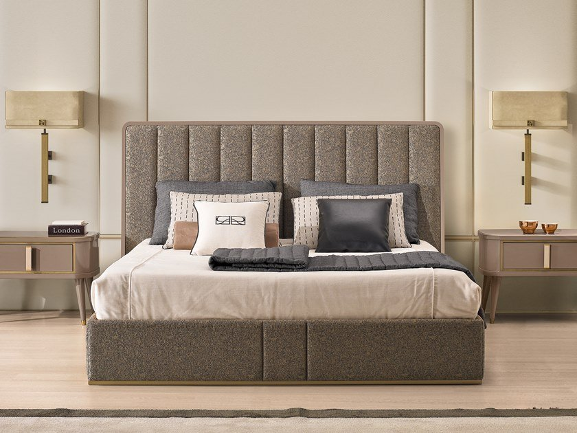 Upholstered Sommier RICHMOND | Sommier with high headboard by Barnini Oseo