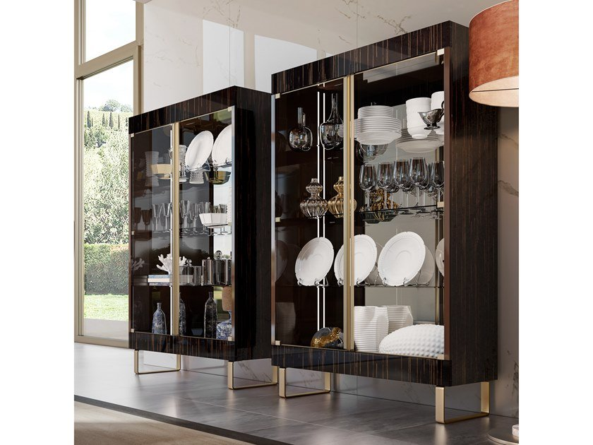 Lacquered wooden display cabinet RICHMOND | Wooden display cabinet by Barnini Oseo