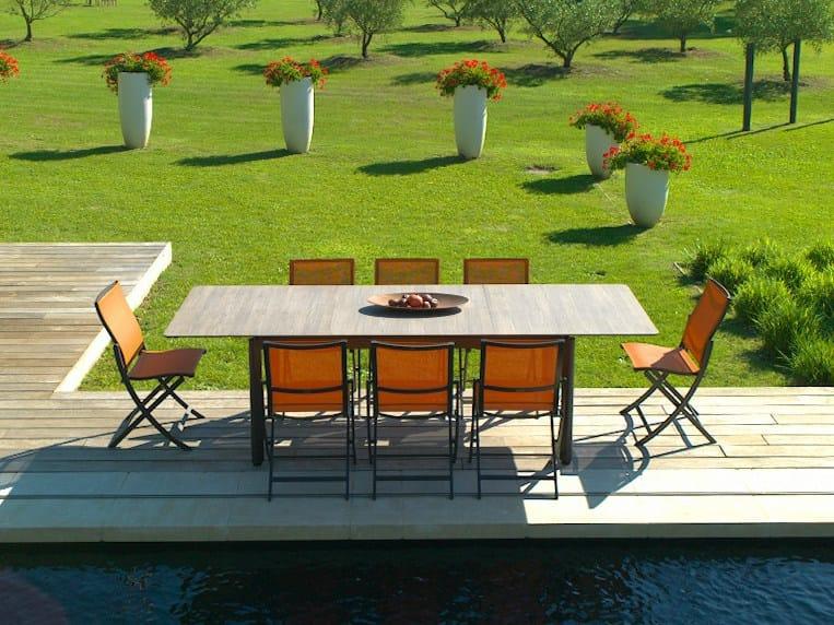 Table extensible de jardin en HPL RIO By Les jardins