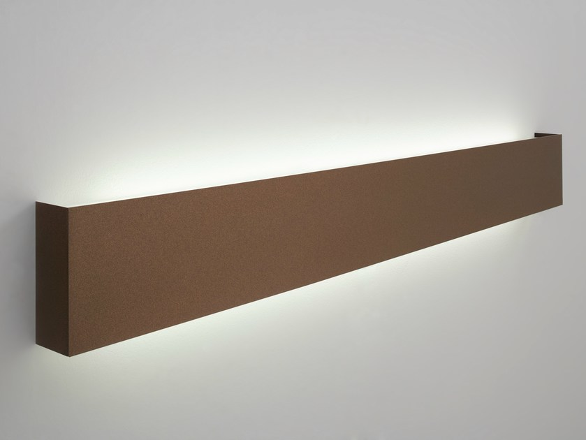 Indirect light metal wall light RIVER by Lucente