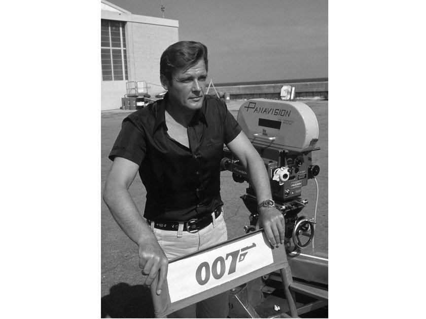 Stampa fotografica ROGER MOORE NEL 1973 by Artphotolimited