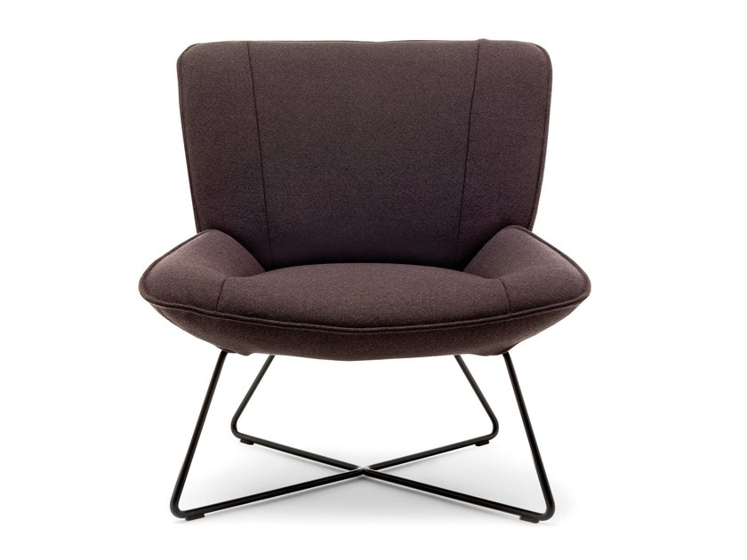 Upholstered fabric armchair ROLF BENZ 383 | Fabric armchair by Rolf Benz