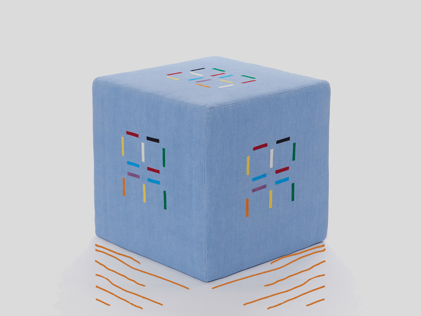 Square pouf ROSE | Pouf by Jupe by Jackie