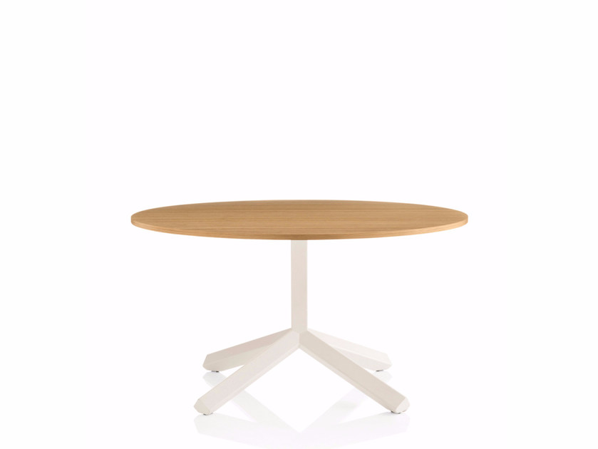 Round coffee table with 4-star base FLAMINGO | Round coffee table by Emmegi