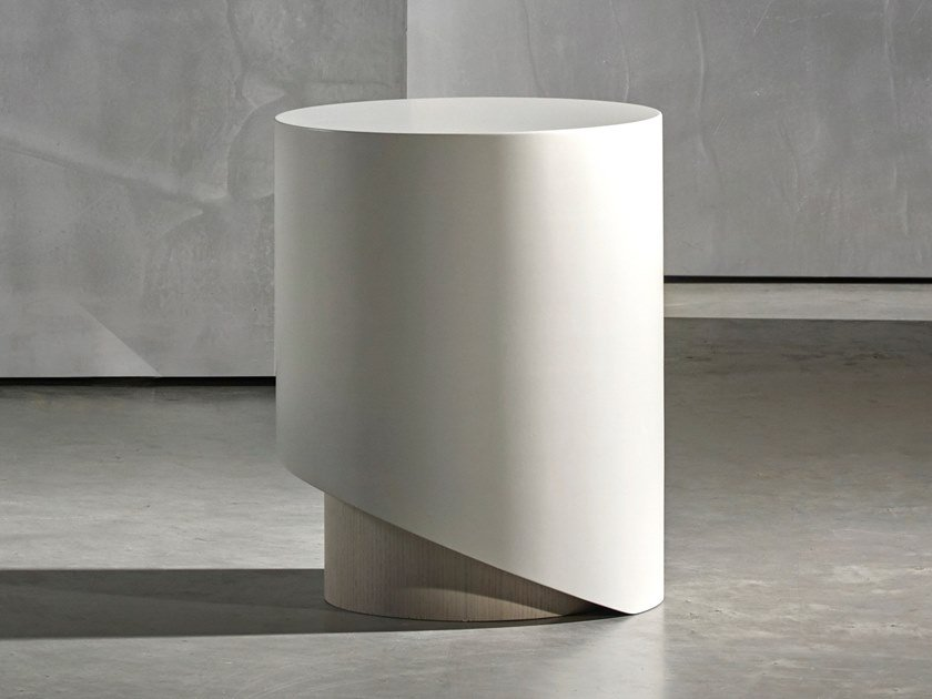Round coffee table KAI | Round coffee table by Piet Boon